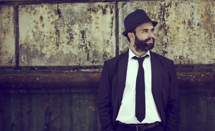 Photo of Alex Marín lanza nuevo sencillo «El Asalto»