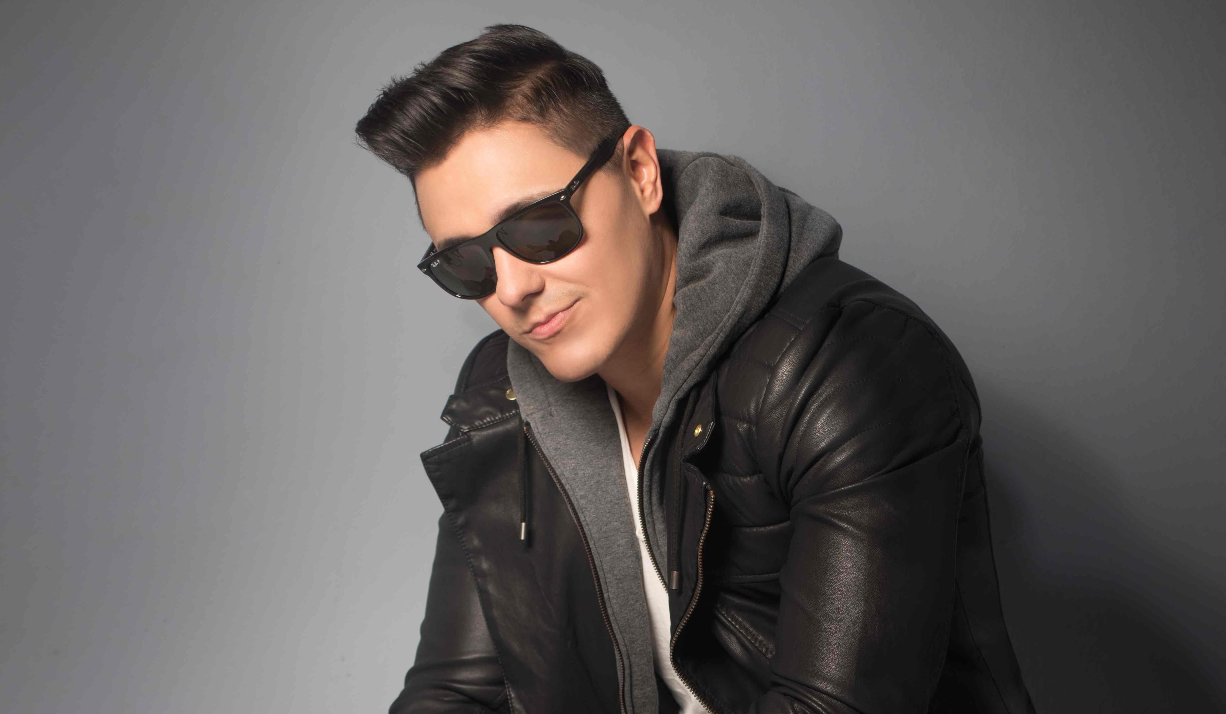Photo of Joey Montana #1 absoluto de radio en México con 'Picky'