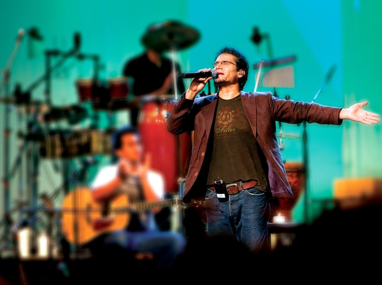 Jesus-Adrian-Romero-Aqui-estoy-yo