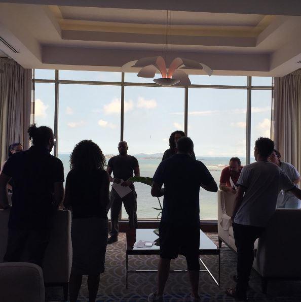 Photo of Alejandro Sanz ya se encuentra en Panamá para deleitar a sus miles de fanáticas