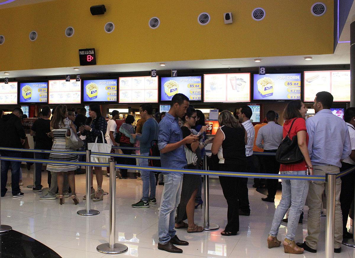 Photo of Premier de El Especialista en Cinepolis