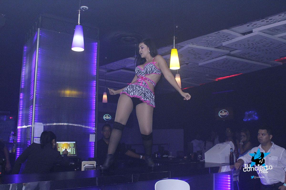 Photo of Miercoles en GL Bar & Lounge