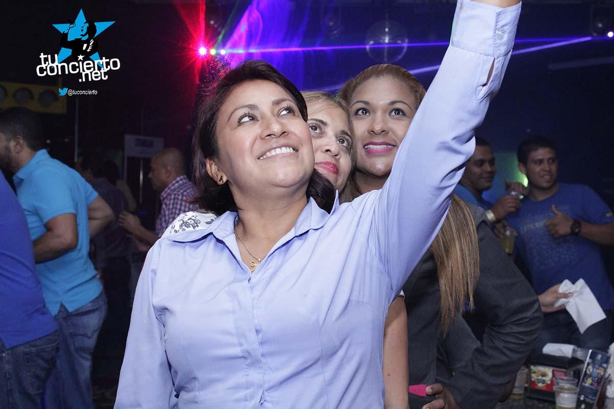 Photo of Homenaje al día de las madres en Gl Bar & Lounge