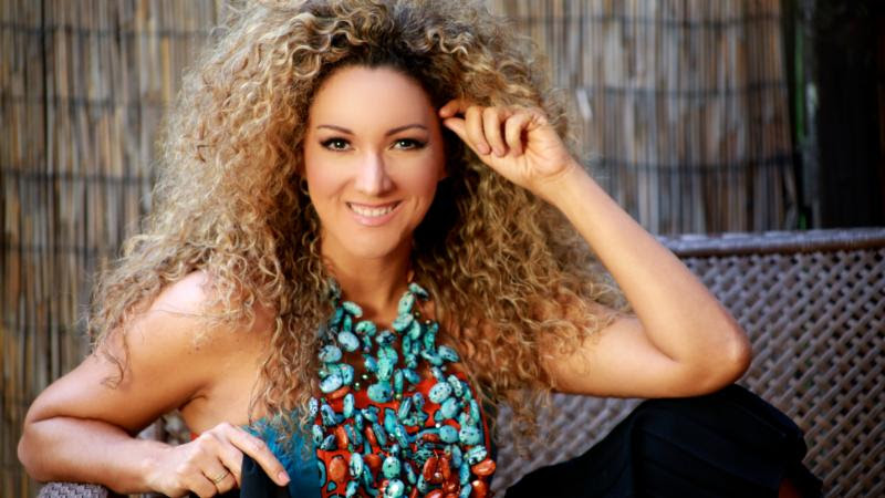 Photo of Erika Ender co-autora de «Despacito»