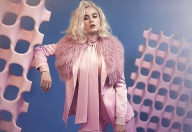 Photo of Katy Perry presenta`Chained To The Rhythm ´