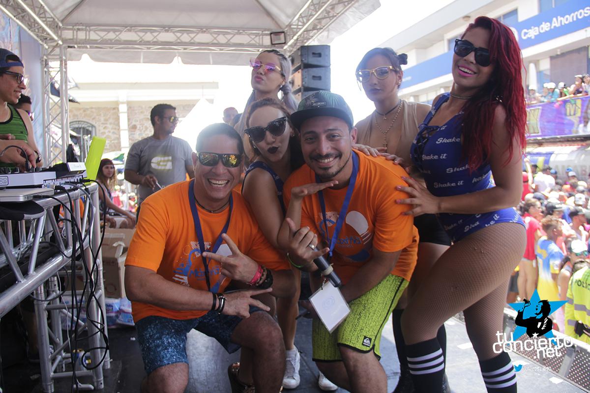 Photo of Tarima de maxima en carnavales