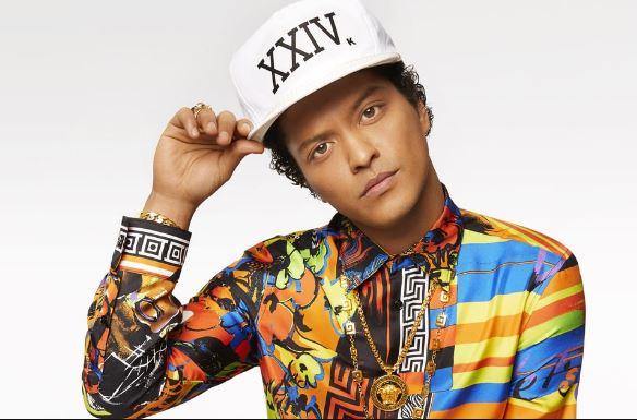 Photo of Bruno Mars estrena video oficial de «That's What I Like»