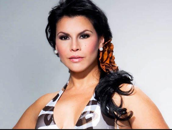 Photo of Fallece la mamá de la cantante Olga Tañon