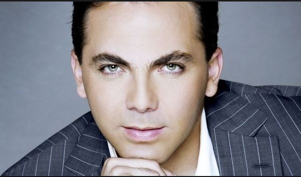 Photo of Cristian Castro estrenó vídeo oficial de 'Simplemente Tú'