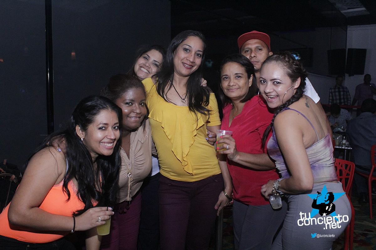 Photo of Disfruta de los miércoles de Open bar en GL Bar & Lounge