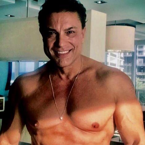 Photo of El actor Osvaldo Ríos recuerda cuando estuvo con Shakira