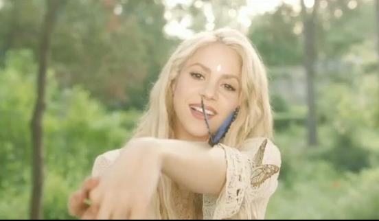 Photo of Tras cámara del vídeo 'Me enamore' de Shakira