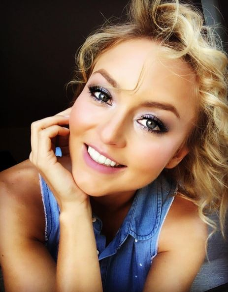 Photo of HBD para Angelique Boyer