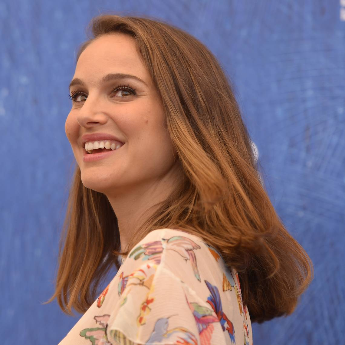 Photo of ¡Bellísima! Natalie Portman reaparece en eventos públicos a pocos meses de haber dado a luz