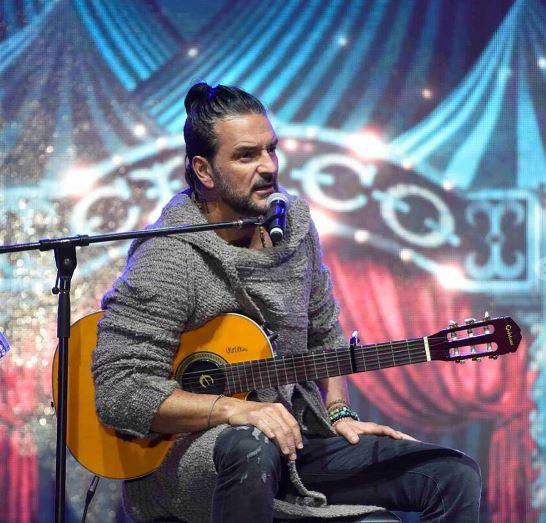 Photo of Ricardo Arjona presenta «Señorita»