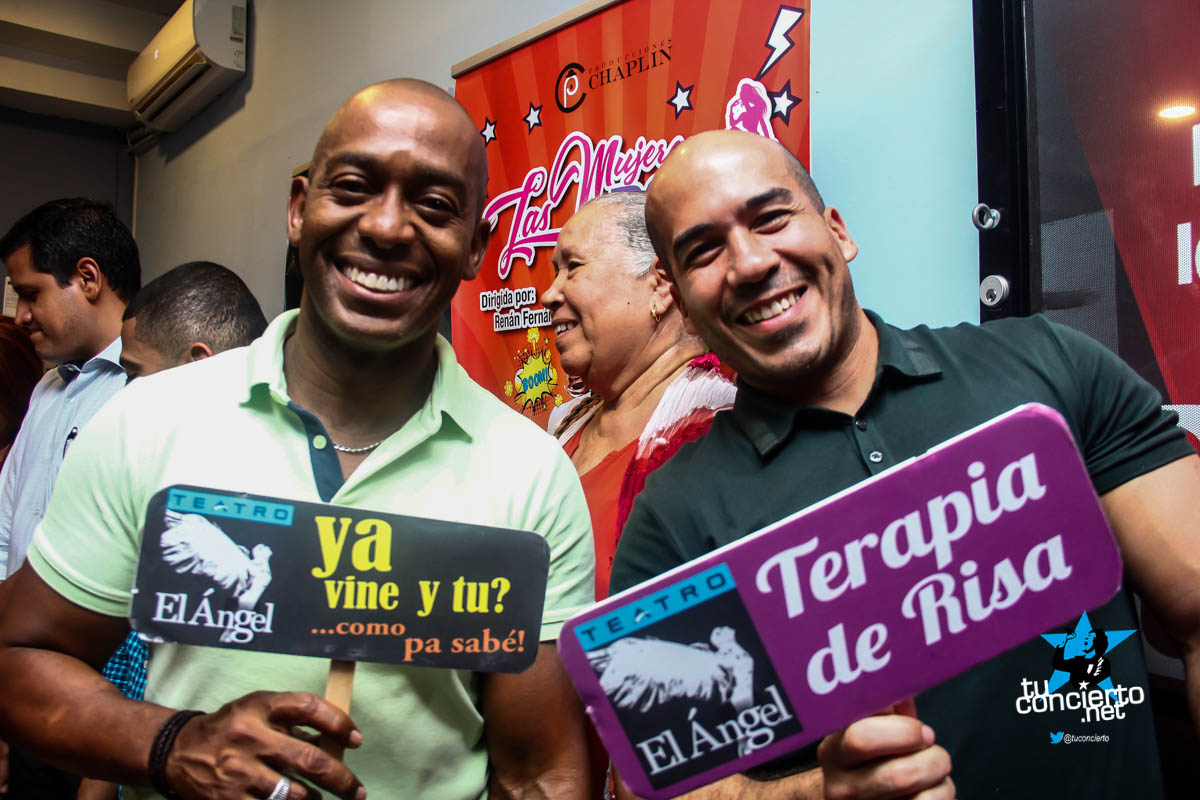 Photo of #teatroTC Matrimonio Agarrado por los Pelos