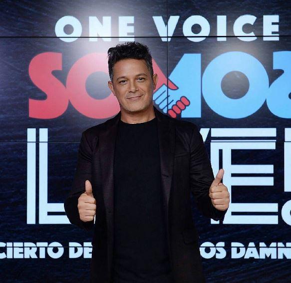 Photo of Alejandro Sanz Marc Anthony cantan juntos 'Deja que te bese' en un concierto benéfico