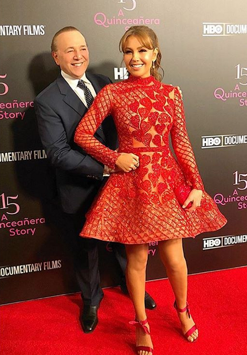 "Photo of Thalía en la premiere de su documental ""15 a quinceañera story»"