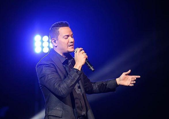 Photo of Víctor Manuelle cierra el 2017 como líder de la salsa