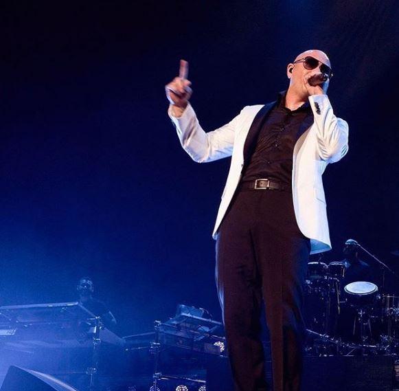 Photo of Pitbull lanza el vídeo de 'Better On Me'