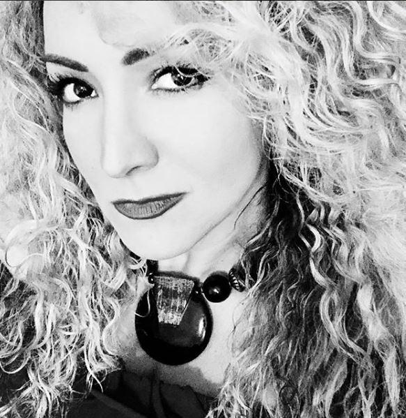Photo of Erika Ender da un adelanto de 'Me Acostumbré'