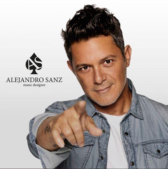 Photo of Alejandro Sanz anuncia el lanzamiento de sus primeros diseños