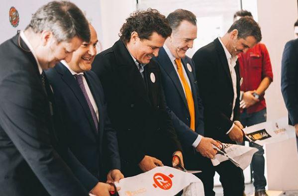 Photo of Carlos Vives presente en el lanzamiento de Gaira Cafe en Bogota