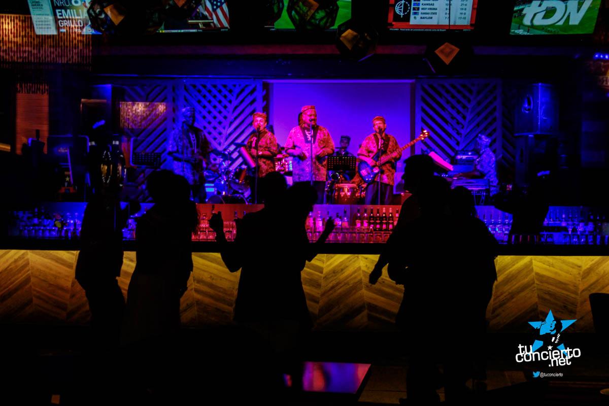 Photo of The Beachers en el Bar Candela