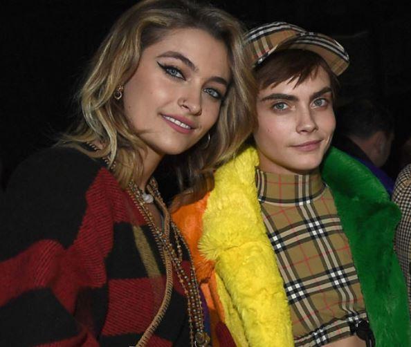 Photo of Paris Jackson y Cara Delevingne confirman su relación