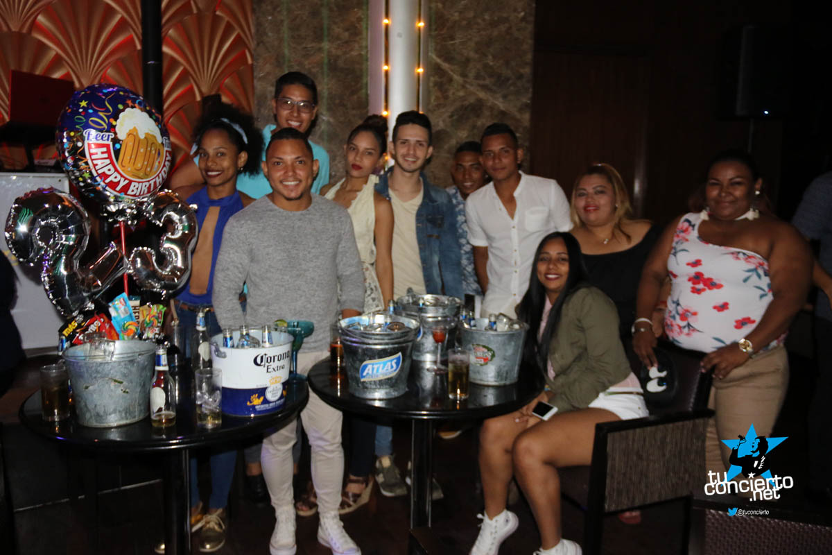 Photo of Viernes de Especial de Salsa en Starbay Casino