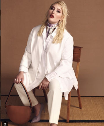 Photo of Hayley Hasselhoff, una modelo de talla grande
