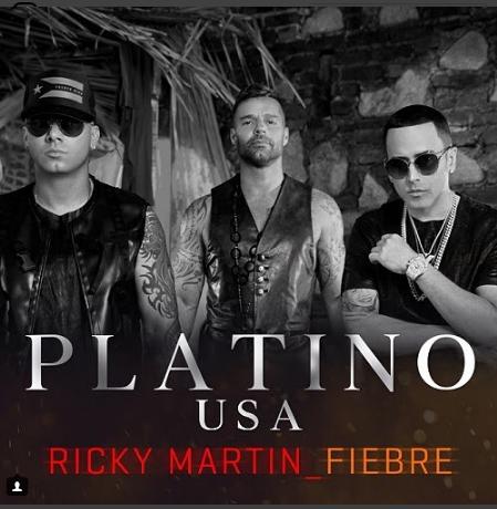 """Photo of Ricky Martin logra Disco de Platino con """"Fiebre"""" feat Wisin y Yandel"""