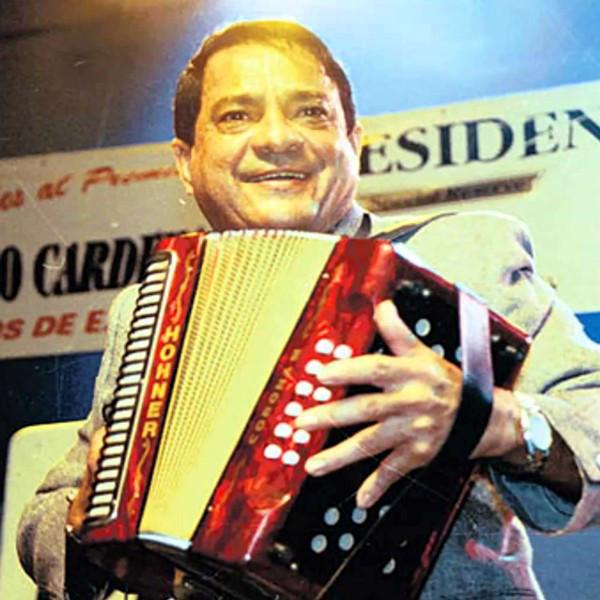 Photo of Toyito Vergara le rinde homenaje a su padre