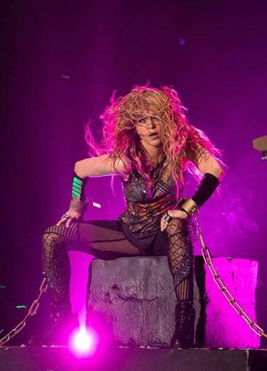Photo of Shakira cierra su gira por España en Barcelona