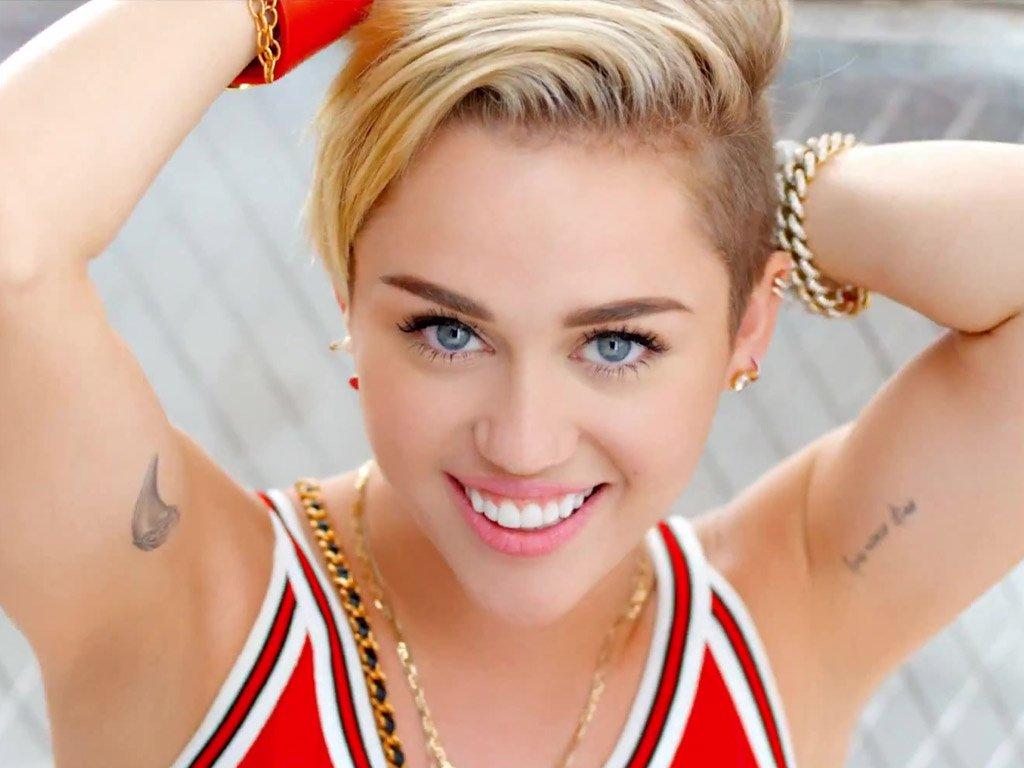 Photo of Miley Cyrus elimina publicaciones en Instagram