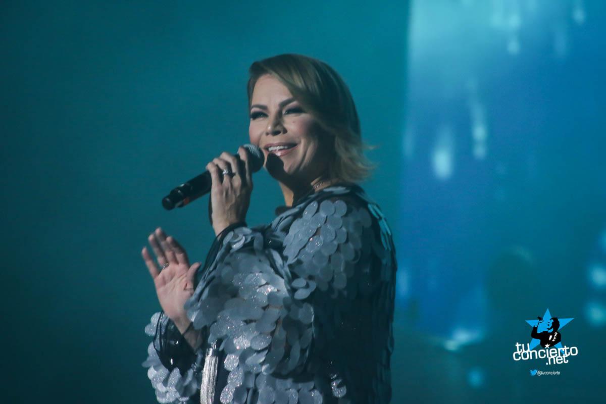 Photo of Olga Tañon en concierto en Panamá