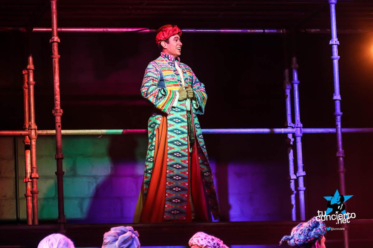 Photo of José El Soñador y su túnica Multicolor