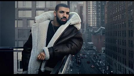 Photo of Drake visita a niña hospitalizada en Chicago