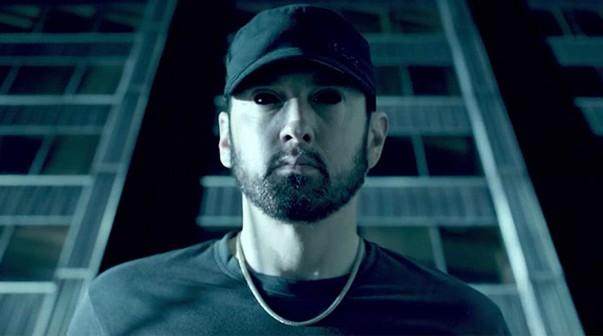 Photo of Eminem estrena vídeo de 'Fall'