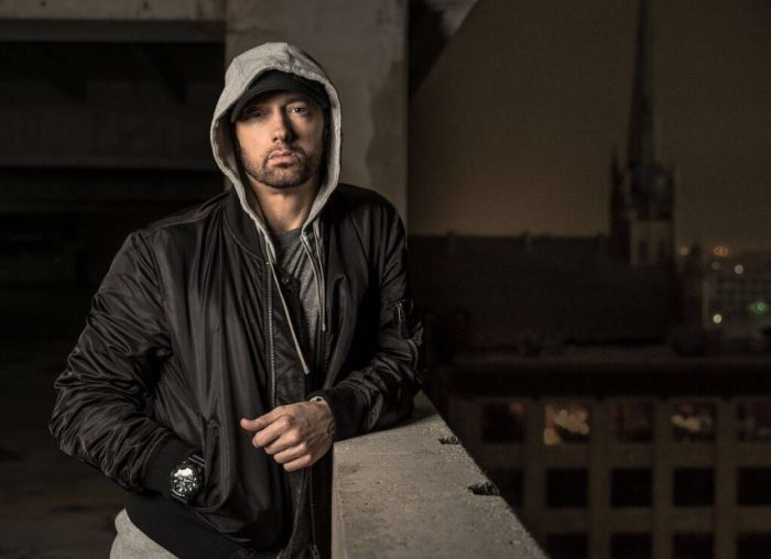 Photo of Eminem estrena «Fall»