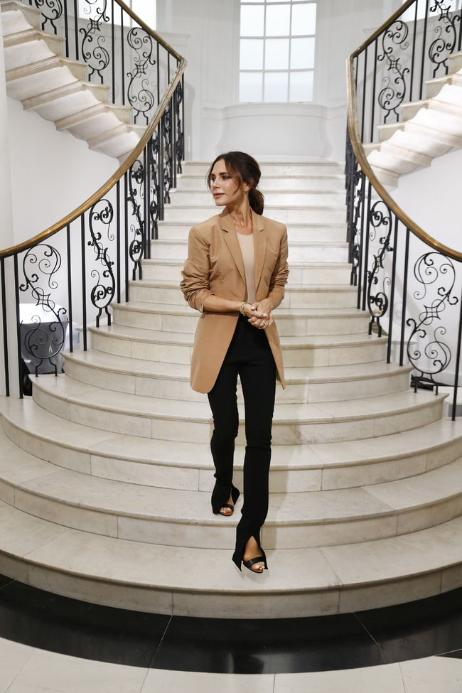 Photo of Victoria Beckham celebra 10 años en la moda
