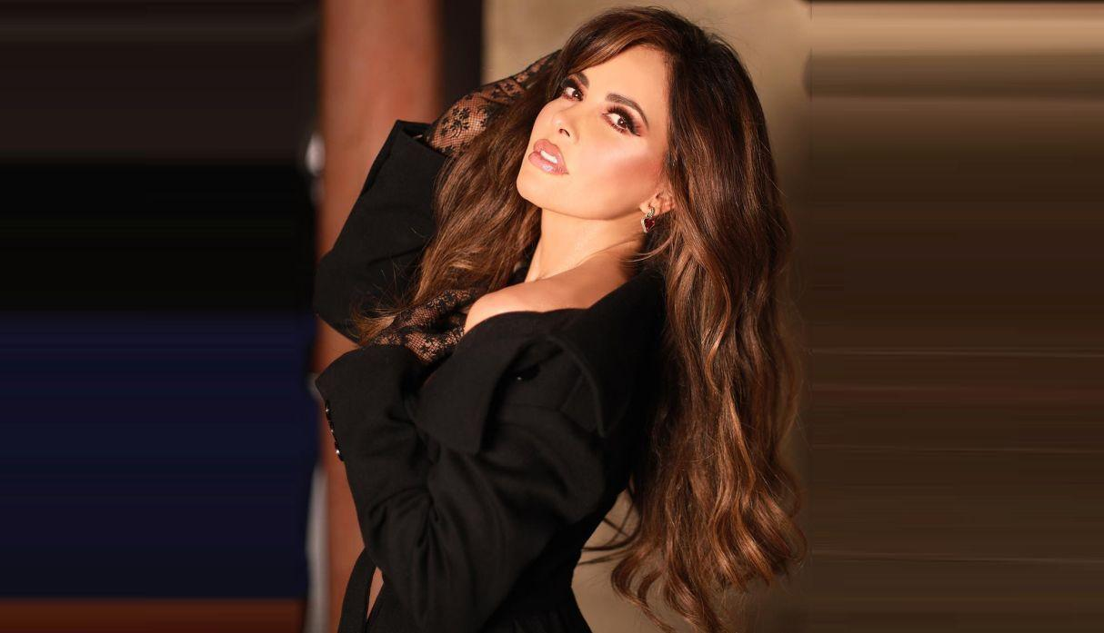 Photo of Gloria Trevi al salón de la fama de Compositores Latinos