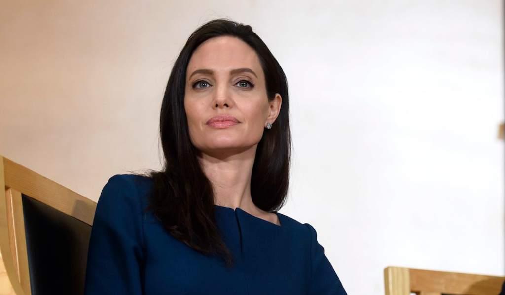 Photo of Angelina Jolie se reúne con inmigrantes venezolanos