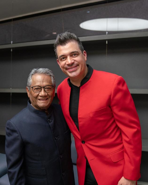"""Photo of Rafael """"Pollo"""" Brito se presentó con Manzanero en México"""