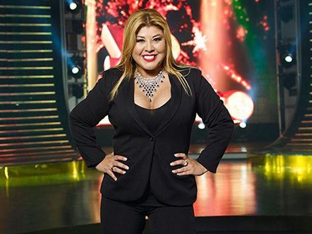 """Photo of """"La Dama de mil voces"""" se estará presentando esta noche en Panamá"""