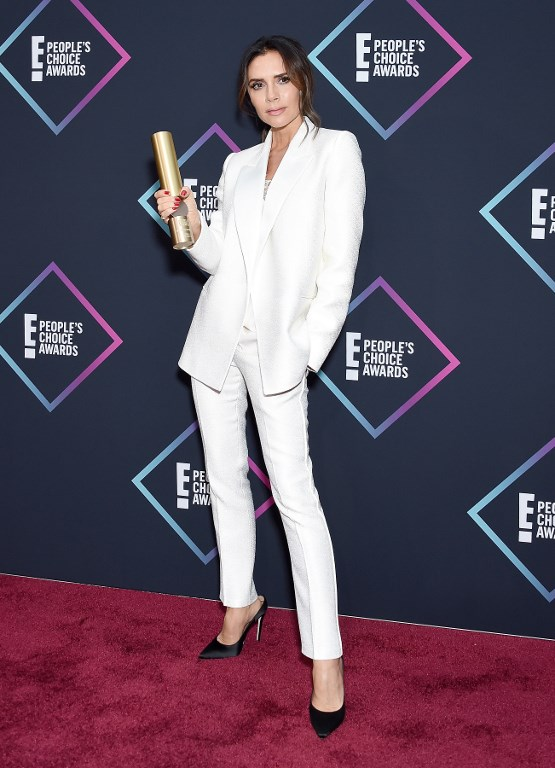Photo of Victoria Beckham marcó tendencia en los People's Choice Awards 2018