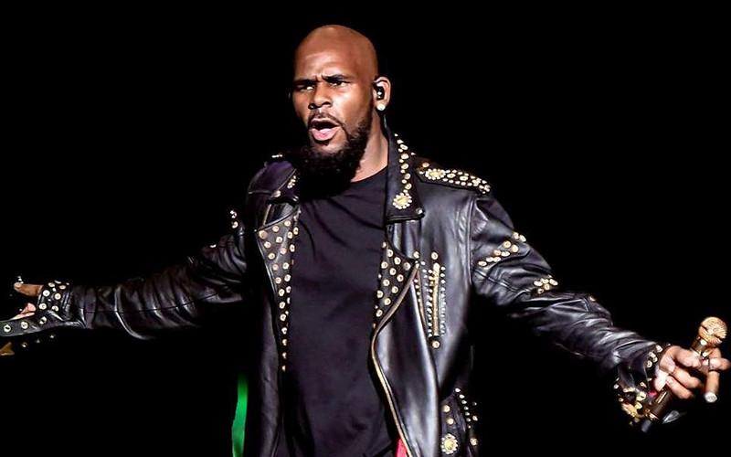 Photo of R. Kelly fue acusado en un documental