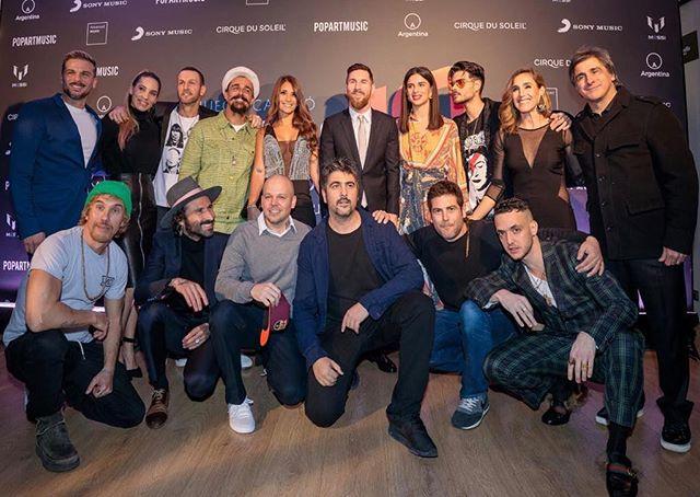 Photo of Residente en la presentación de 'Messi 10 by Cirque du Soleil'