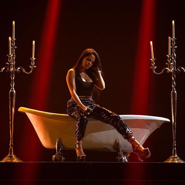 Photo of Natti Natasha presenta su nuevo tema 'Lo Mejor de Mi'