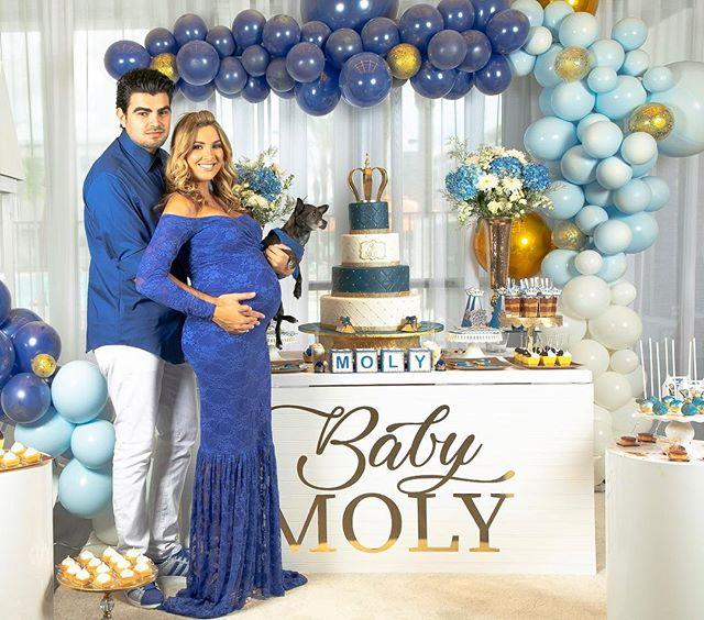 Photo of Jonathan Moly y Andrea Villaroel celebran el Baby Shower de su bebé